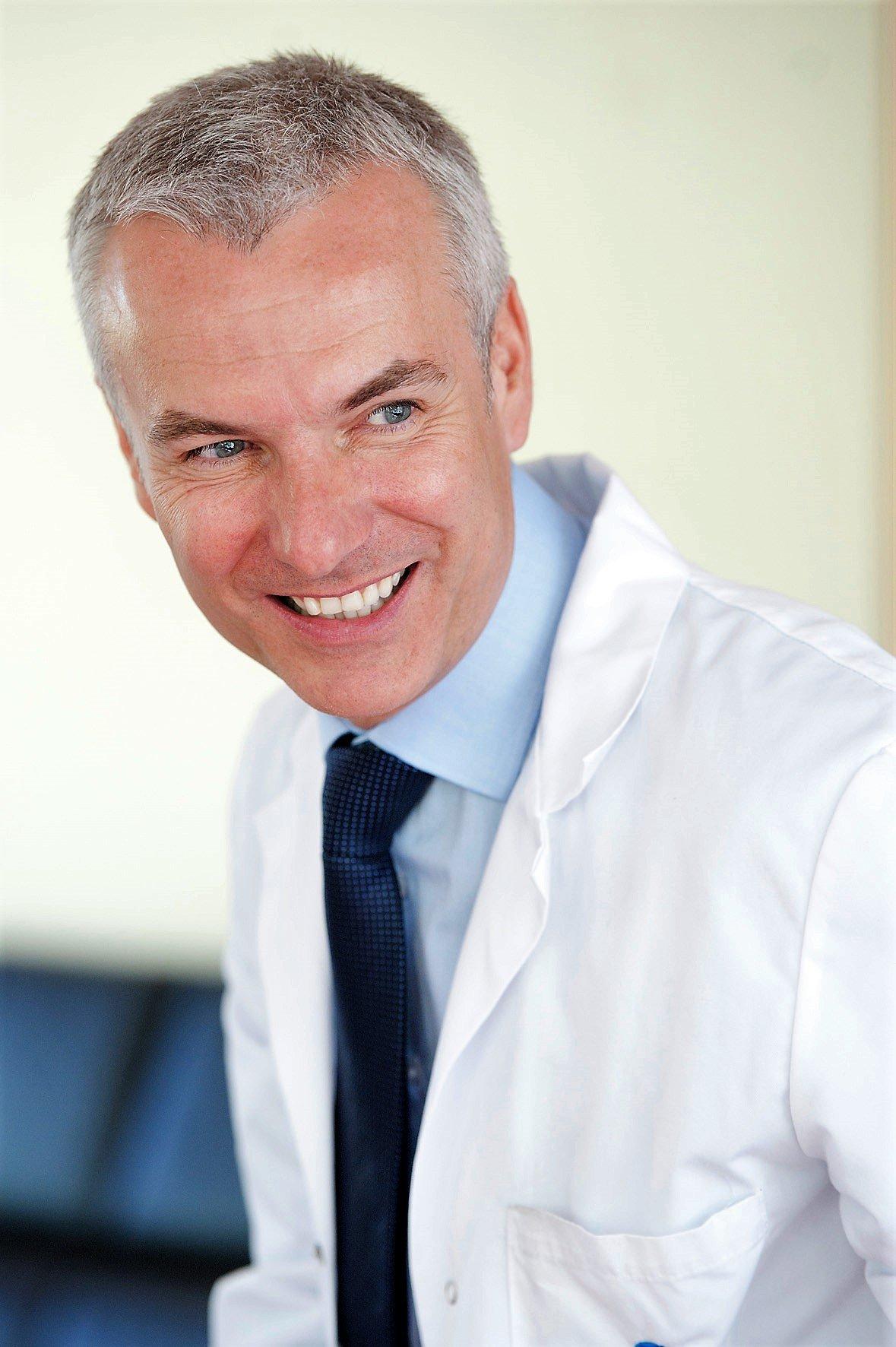 Dr. Hernecki (QuirónSalud Dubái) 👍