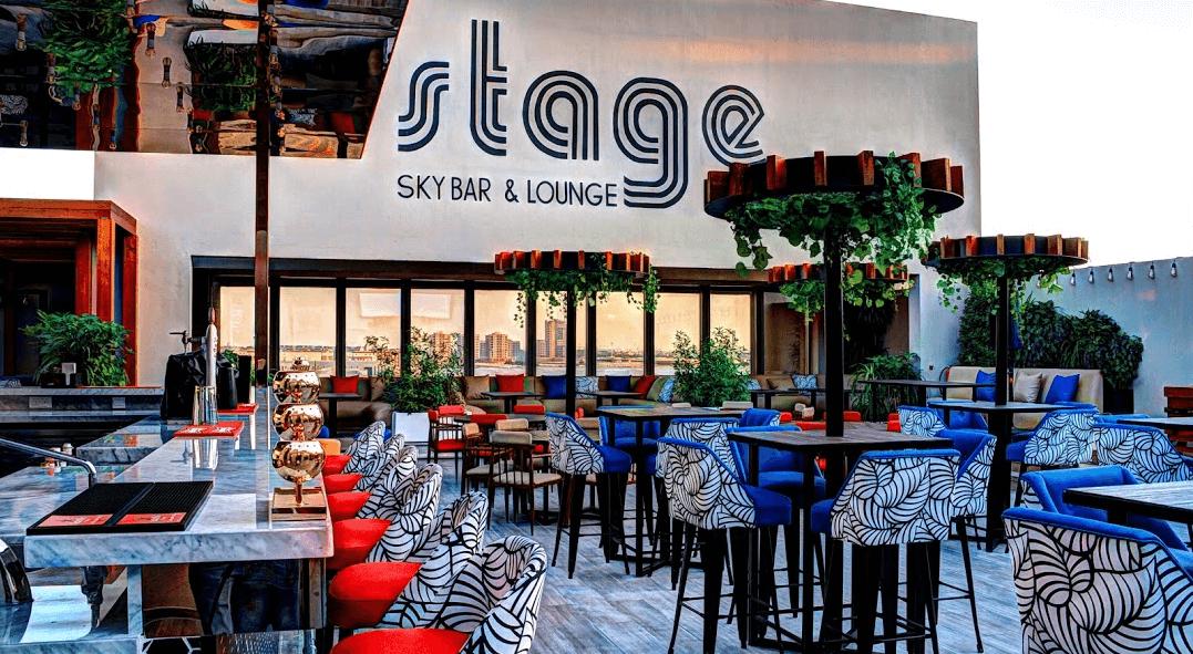 Restaurante Stage Sky Lounge & Pool