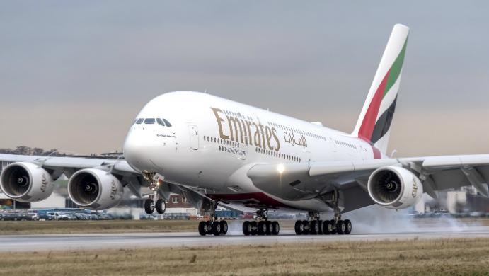 regreso a emiratos tras coronavirus foto